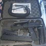 Tippmann TIPX + extra mags and air though