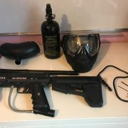 Tippman 98 custom Paintball Gun, with mask, airtank and other accessories